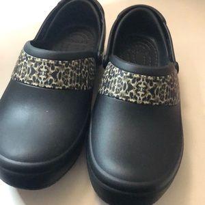 Women's crocs clogs